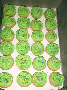 Buttercup Cakes (cupcakes)
